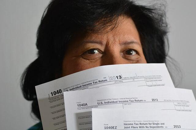 taxes-806396_640